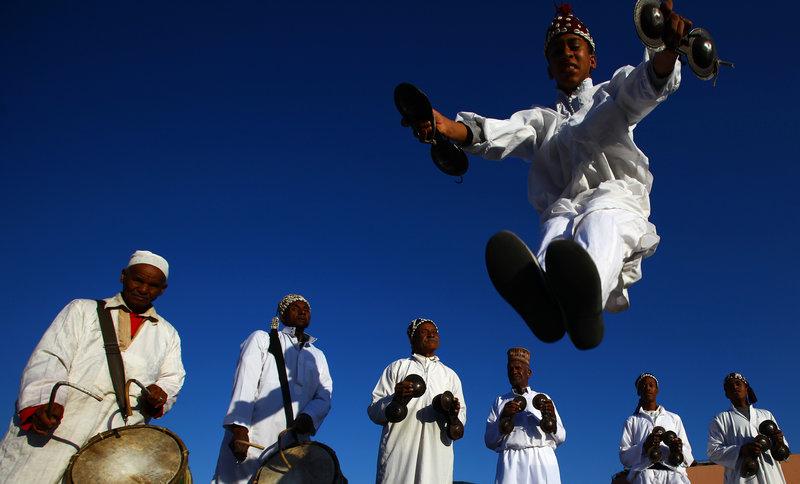 djemaa el fnaa, marrakech, street performers marrakech