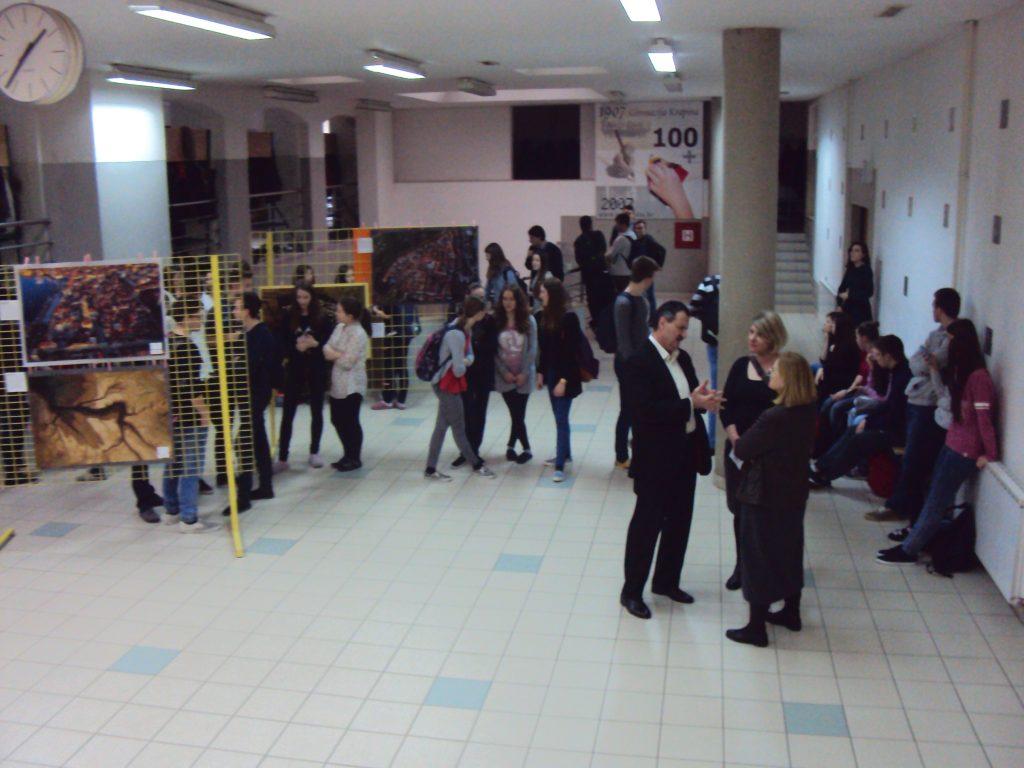hrvatska iz zraka, davor rostuhar, izlozba u skolama, potpora MZOS