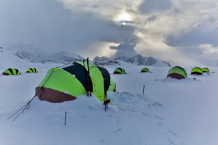 davor rostuhar, polarni san, union glacier, antarctica, polar, camping